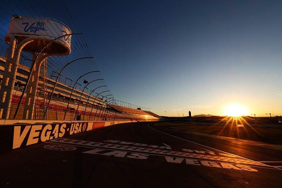 NASCAR races at LVMS 3